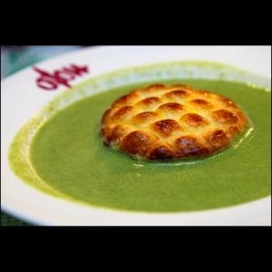 Chicken Pie in Pea Soup